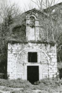 Fig. 3: La chiesa di San Sebastiano in una rara foto degli anni '70 del secolo scorso.