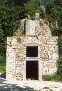 Fig. 1: Prospetto principale della chiesa di San Sebastiano.