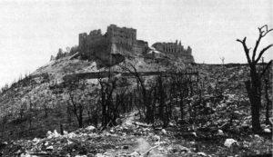 Labbazia-di-Montecassino-dopo-i-bombardamenti-del-1944