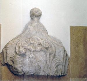 La chiave di volta di Porta San Biagio.