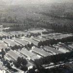 Il Campo di Concetramento (in alto) Adunata dei prigionieri nel Campo (in basso).