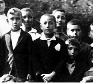 La prima Comunione di Severino (Dal web).