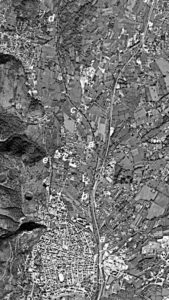 L'area di riferimento di questo lavoro (da Google) - Lett. a: Nuovo Rapido; b: via S. Pasquale; c: incrocio via Sferracavalli; d: diramazione del vecchio Rapido; e: vecchio Rapido; f: Quinto ponte.