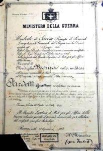 Decreto di concessione dell'onorificenza alla memoria.