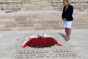 Montecassino 12 maggio 2020: l'omaggio di S.E. Anna Maria Anders al padre nel cinquantesimo dalla scomparsa.